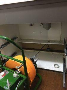 ワイヤーによる排水管清掃